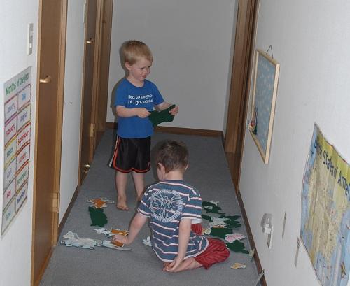 Look! Hallway play!
