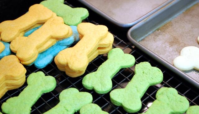 Ta-da! Groovy sugar cookies.