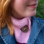 Buttonhole Neckwarmer by Bonnie Irene