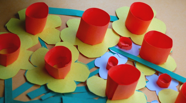 How to Make Paper Daffodils and Other Flowers