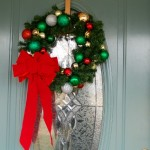Make it in Minutes - Ornament Studded Wreath