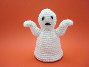 Halloween Ghost Amigurumi from Ravelry